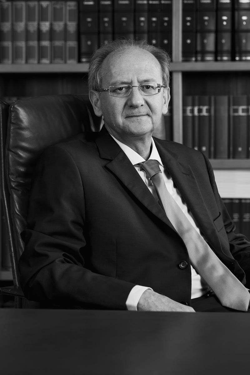 Avvocato Mario Gabriele Di Giovanni – Studio Legale Pinza