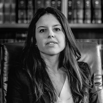 Dottoressa Praticante Laura Li Vigni – Studio Legale Pinza